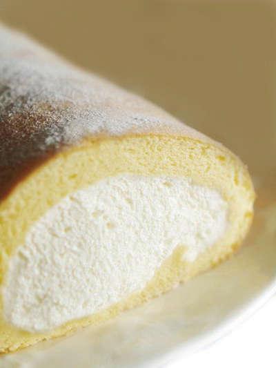 大好評\(^o^)/ロールケーキはいかがですか♪  _d0135908_175279.jpg