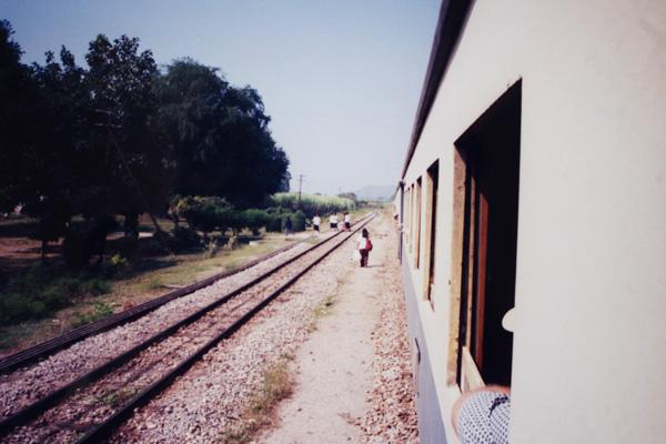 三等列車で出掛けたい _b0131470_12335017.jpg