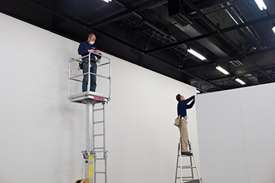 今日は恵比寿の東京都写真美術館でAPAアワードの展示の立ち会い!_b0194208_2133413.jpg