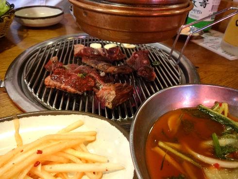 8月 ソウル旅行 その1 「出発&2PMの焼肉屋さん♪ホバク食堂♪」_f0054260_18533387.jpg