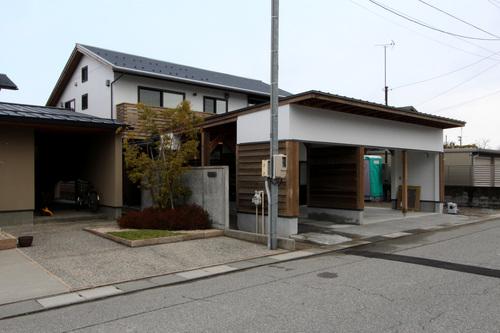 Q1X3富山の家:完成(ほぼ) 1_e0054299_10552429.jpg