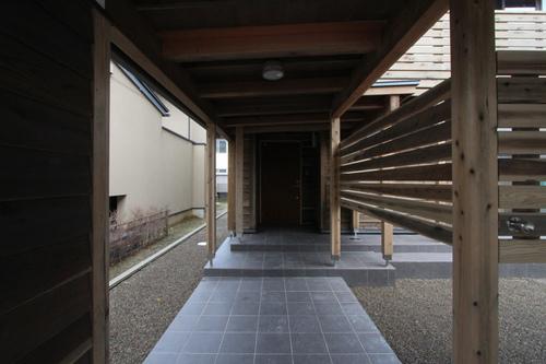 Q1X3富山の家:完成(ほぼ) 1_e0054299_10583335.jpg