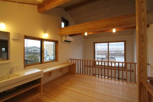 Q1X3富山の家:完成(ほぼ) 1_e0054299_1058789.jpg