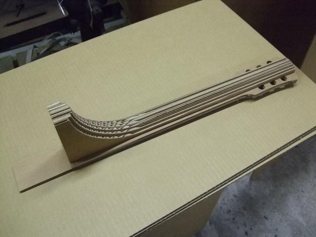 Paper Guitar finish_e0189870_1547177.jpg
