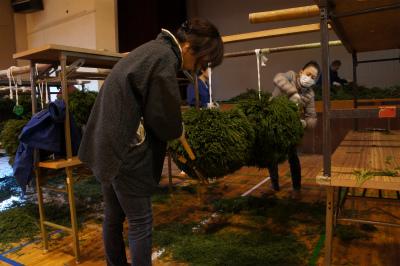 杉玉づくり2012_f0138874_21283718.jpg