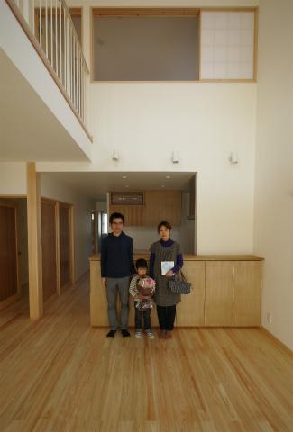 横割T邸竣工式、植栽もご入居前に完了_c0160488_19571933.jpg