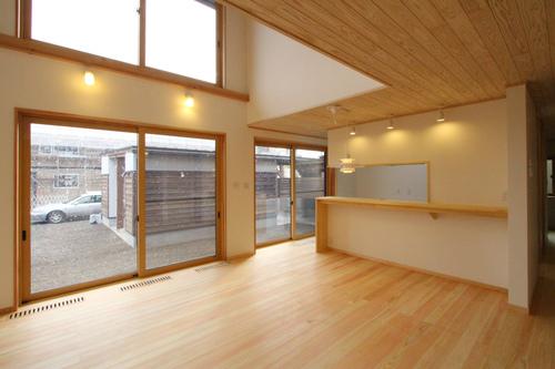 Q1X3富山の家:完成(ほぼ) 2_e0054299_1072411.jpg