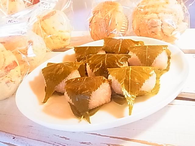 桜餅_b0207642_16213923.jpg