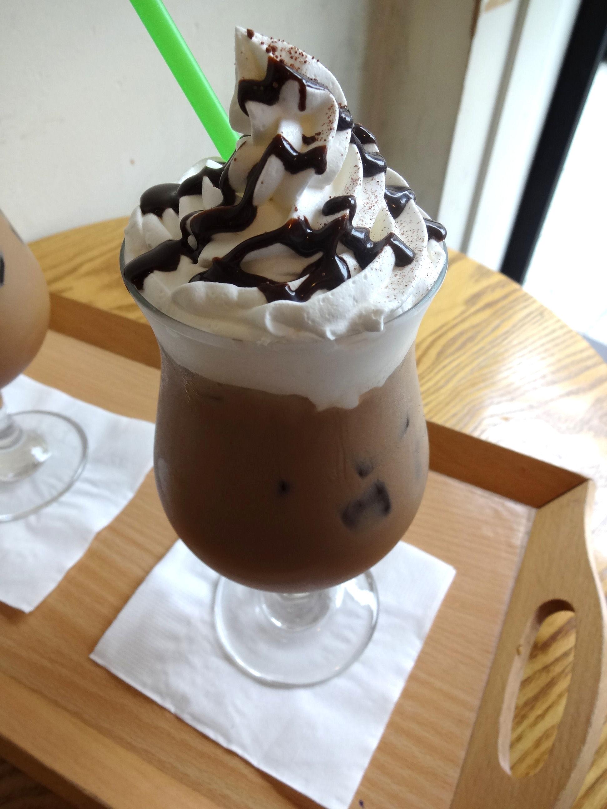 8月 ソウル旅行 その2 薬水駅 素敵カフェ「coffee a walk」_f0054260_184559.jpg