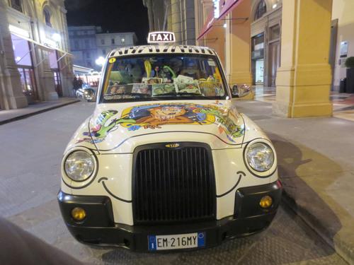 フィレンツェで有名な超お派手なタクシーのお話!!MILANO 25_c0179785_6303692.jpg