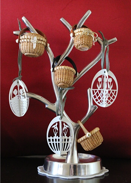 Easter Eggs & Miniature Basket_f0197215_12393928.jpg