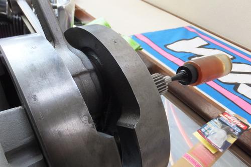 ショベルのエンジン腰下組付・・・の紹介_a0257316_6292070.jpg