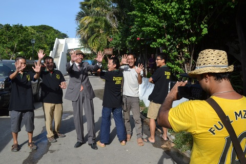 Special thanks for Japanese Overseas Corporative Volunteers of Zanzibar~青年海外協力隊の皆さんと_a0088841_213690.jpg