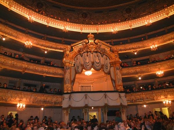 '13,3,3(土)ロシア旅行④オペラ「蝶々夫人」の観劇!_f0060461_1582865.jpg