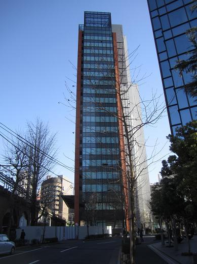 交通博物館跡地の再開発ビル(JR神田万世橋ビル)が竣工_f0030574_14474199.jpg
