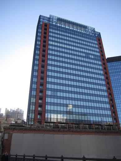 交通博物館跡地の再開発ビル(JR神田万世橋ビル)が竣工_f0030574_14515293.jpg