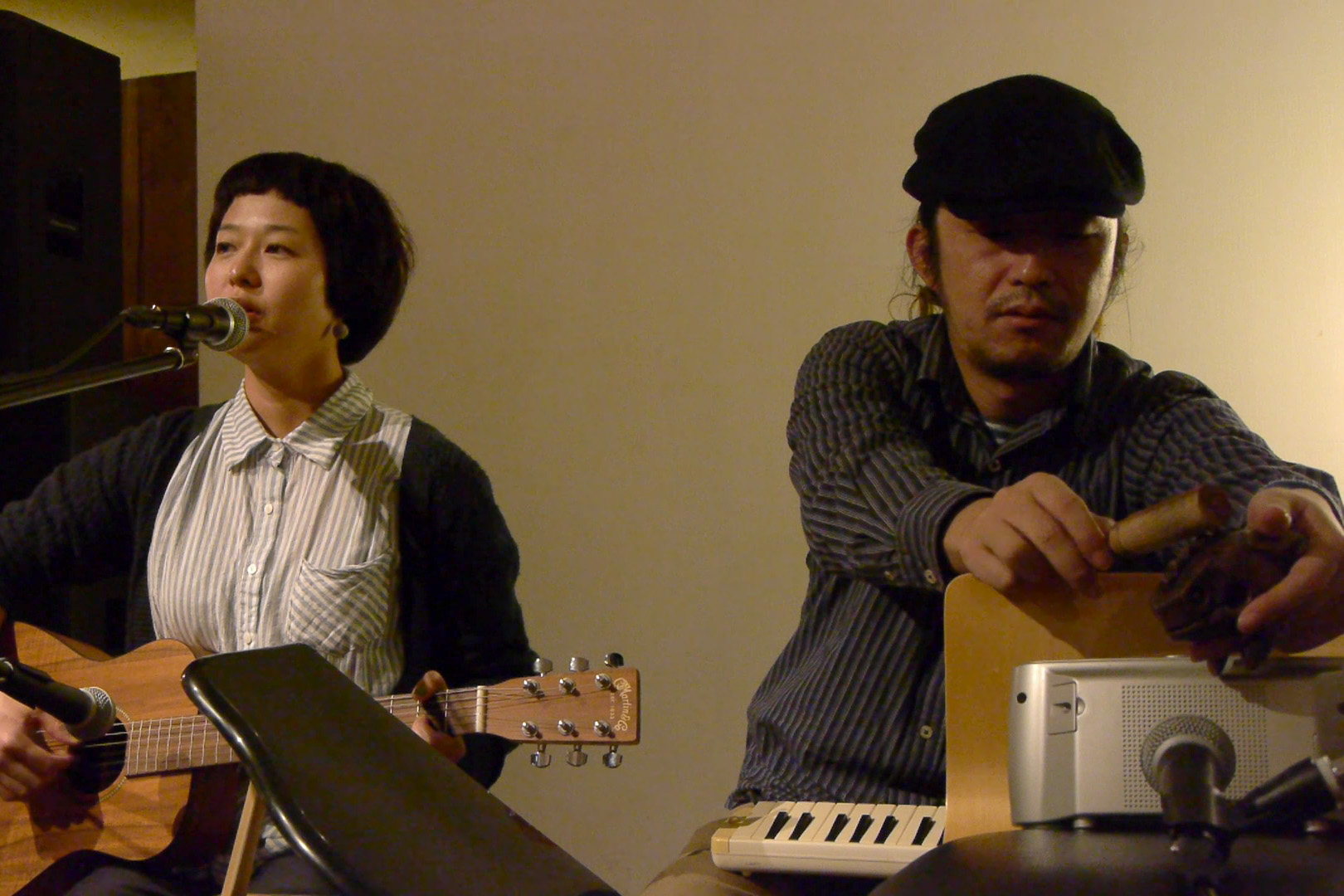 萬人音樂堂Presents レコ発ライブツアー in 沖縄 2012 OKINAWA HARMLESS @ 沖縄 Cafe & Dining Bar THREE_c0000587_1951397.jpg