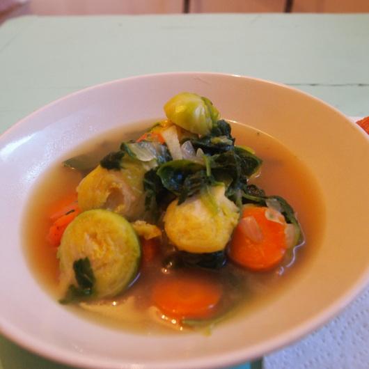 芽キャベツのスープ_a0292194_1982955.jpg
