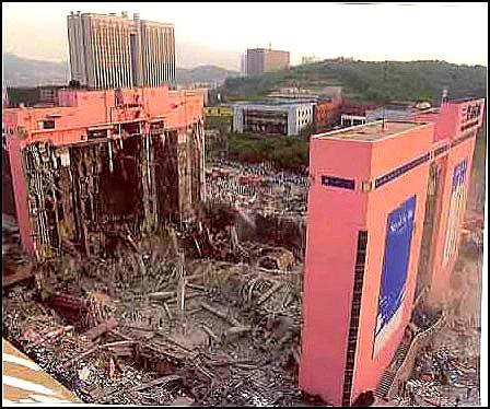 物理の「カルナック神殿」は崩壊するか?:科学を建築に例えるとそんな感じか!?_e0171614_18202319.jpg
