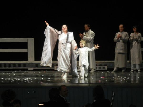 '13,3,3(土)ロシア旅行④オペラ「蝶々夫人」の観劇!_f0060461_021448.jpg