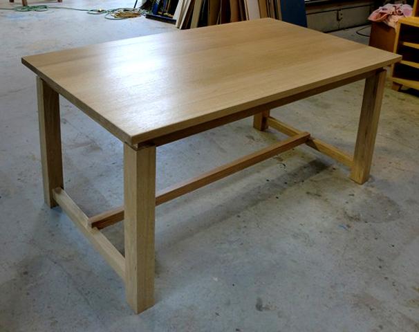 ナラのテーブル+ベンチ_f0171785_1634835.jpg