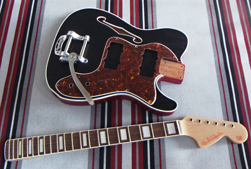 「Hollow T-Line with Bigsby #002」の塗装が完了っす!_e0053731_16565196.jpg