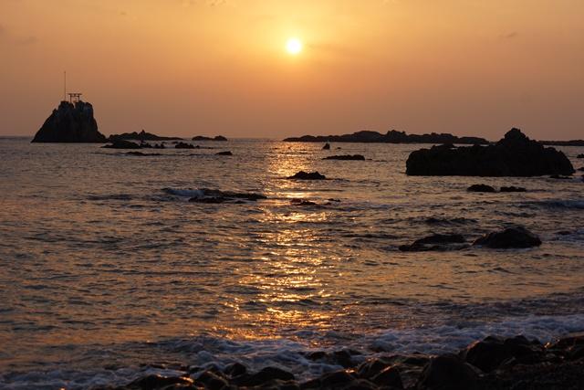 肥薩線おれんじ鉄道と美しい夕日、阿久根市の美しい夕焼け、日本一の夕日_d0181492_23224775.jpg