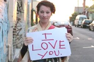 これからの音楽業界や社会の行方についてTEDの名スピーチ Amanda Palmer: The art of asking_b0007805_2132432.jpg