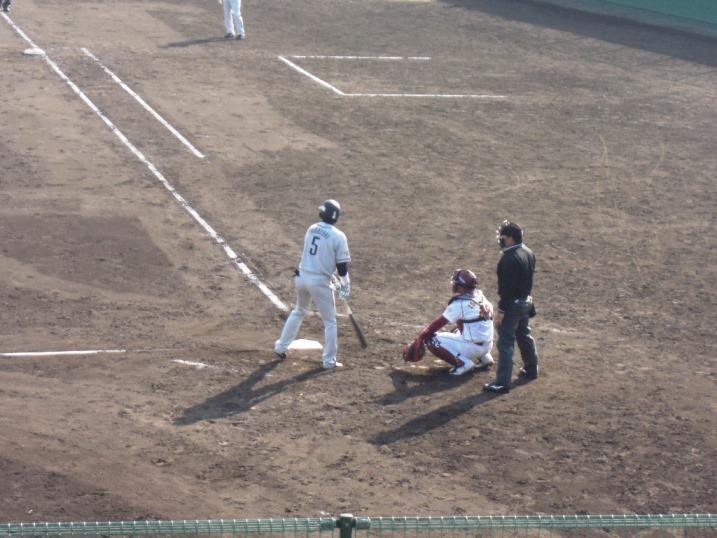 小春日和の野球観戦_b0081121_19123650.jpg