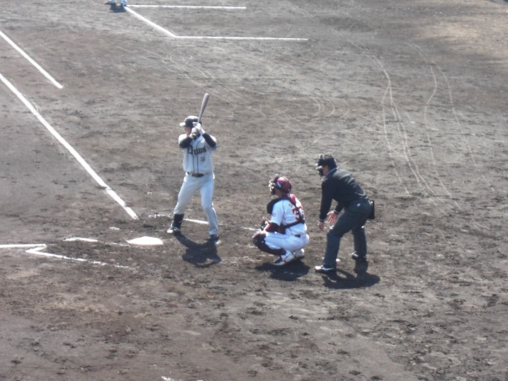 小春日和の野球観戦_b0081121_1994723.jpg