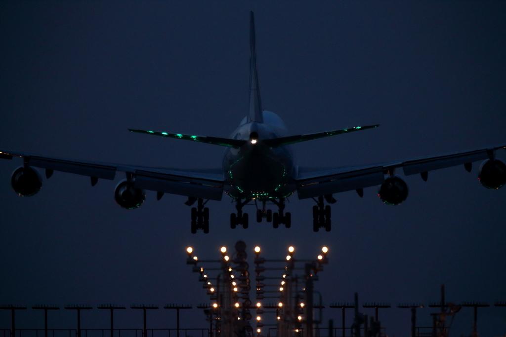 Jet line58 成田、羽田_f0142548_232119.jpg