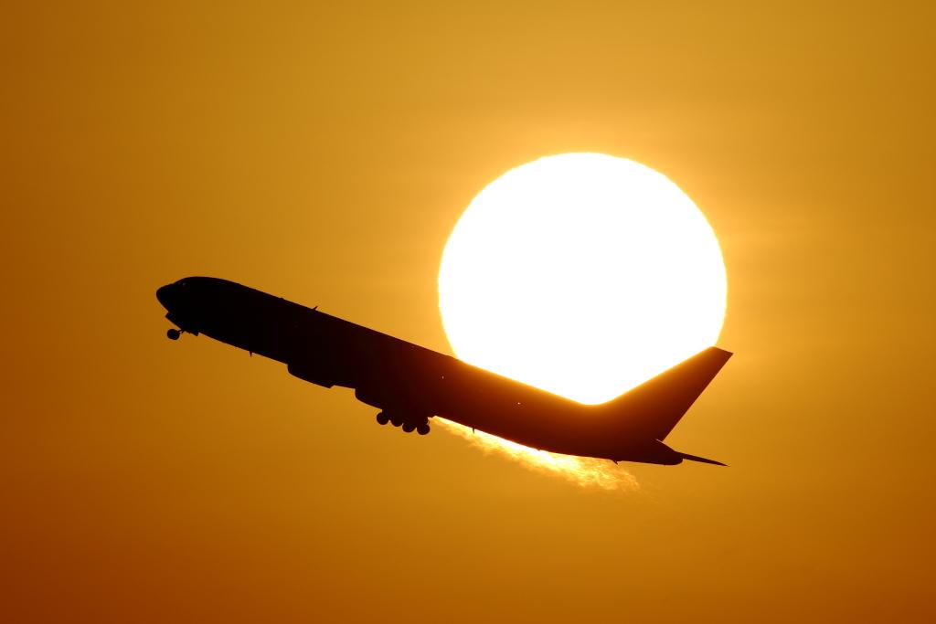 Jet line58 成田、羽田_f0142548_2331648.jpg