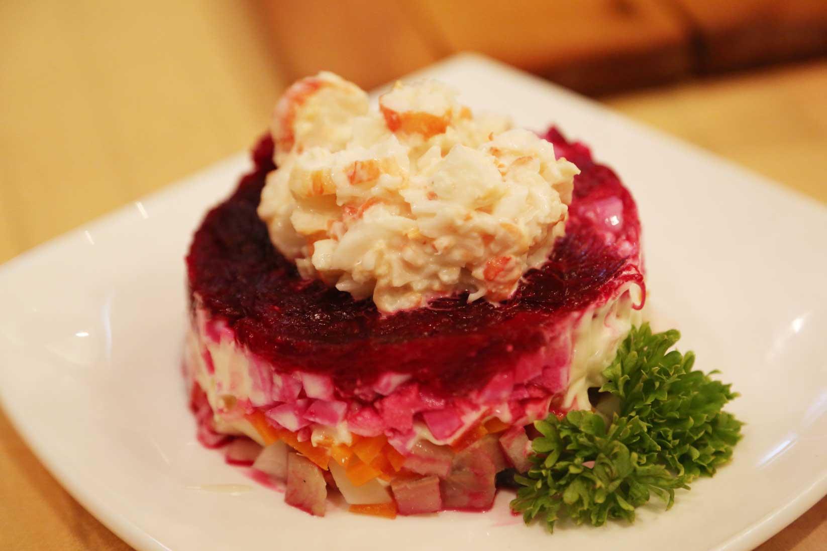 ウラジオストクのグルメ ~ おしゃれなレストランから街角の食堂まで_b0235153_8192569.jpg