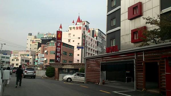 釜山 : カンジャンケジャン、ケナッチム、ラブホテル、ウナギ、ワッフル_e0152073_2375131.jpg