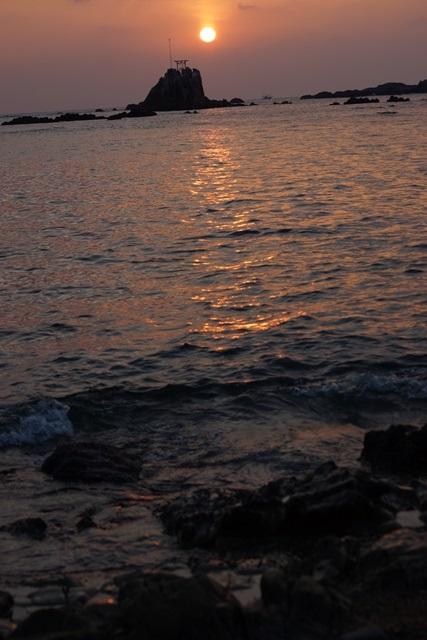 肥薩線おれんじ鉄道と美しい夕日、阿久根市の美しい夕焼け、日本一の夕日_d0181492_201252.jpg