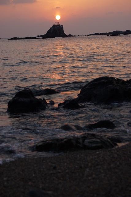 肥薩線おれんじ鉄道と美しい夕日、阿久根市の美しい夕焼け、日本一の夕日_d0181492_202012.jpg