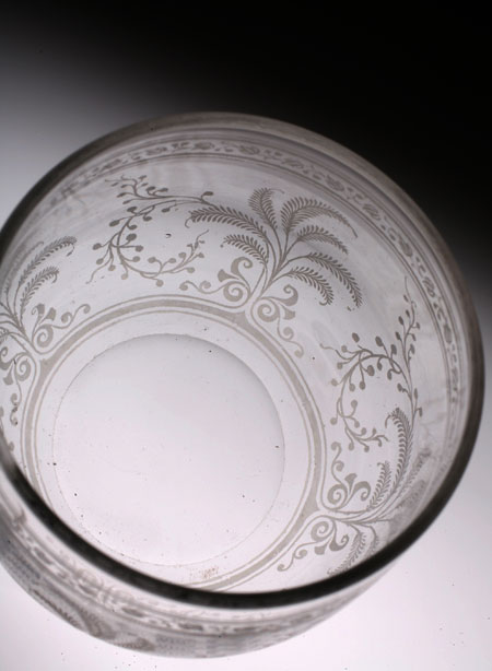 "Baccarat ""Fougeres\"" Punch Cup with Hundle_c0108595_0222613.jpg"