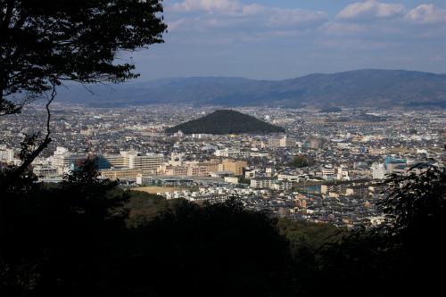 畝傍山から今井町へ_d0055236_23495969.jpg
