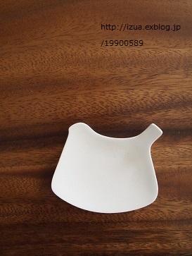 イイホシユミコさんのtori plateとun jour_e0214646_10534666.jpg