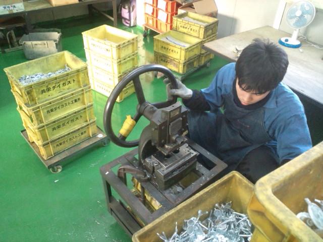 鋳造課の風景01_e0045139_13331117.jpg
