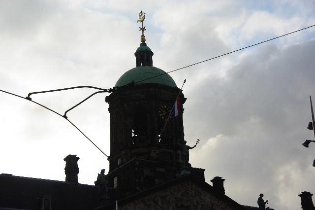 オランダの旅 (43) ダム広場の慰霊者の追悼式典に遭遇_c0011649_11195464.jpg