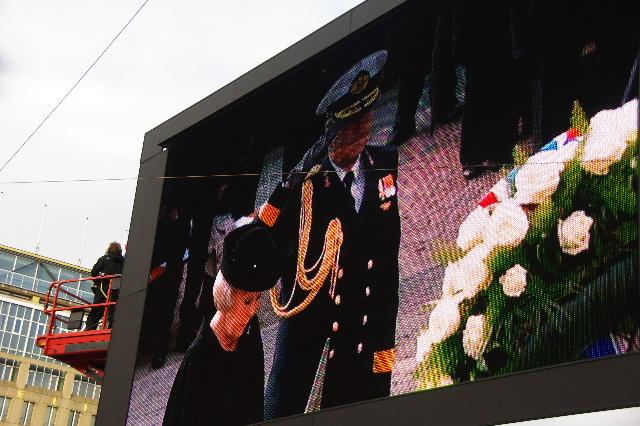 オランダの旅 (43) ダム広場の慰霊者の追悼式典に遭遇_c0011649_51951.jpg