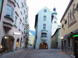 Austria 岩塩と銀貨で栄えた町ハル・イン・チロル_e0195766_2344880.jpg