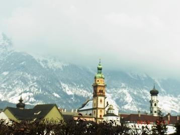 Austria 岩塩と銀貨で栄えた町ハル・イン・チロル_e0195766_2372012.jpg