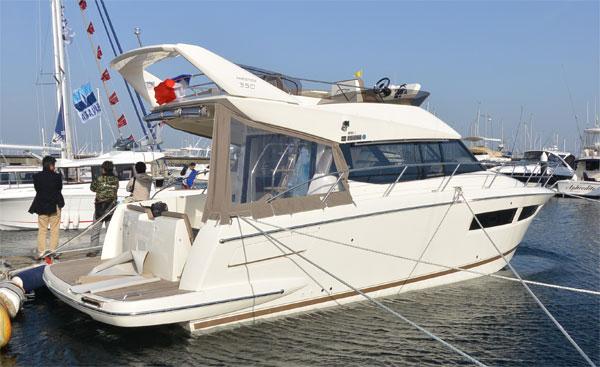 *ジャパンインターナショナルボートショー2013*_f0001469_1192830.jpg