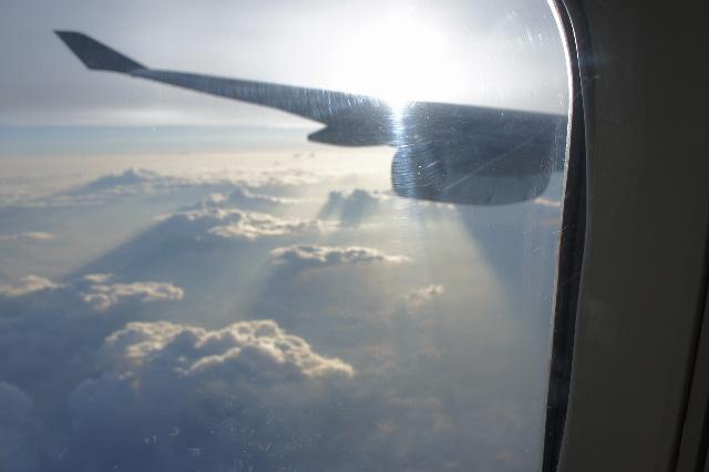 オランダの旅 (45) アムステルダムから香港経由で帰国_c0011649_2343106.jpg