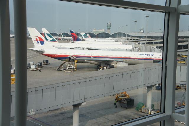 オランダの旅 (45) アムステルダムから香港経由で帰国_c0011649_23451054.jpg
