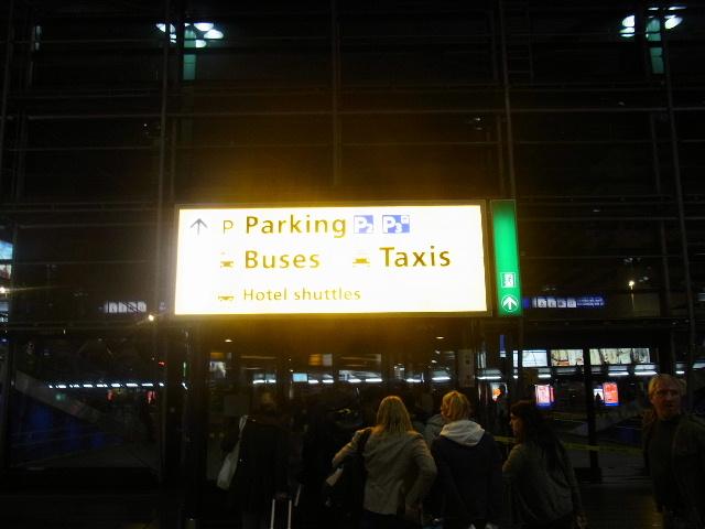 オランダの旅 (44) COFFEESHOP、中央駅、そしてホテル_c0011649_731166.jpg