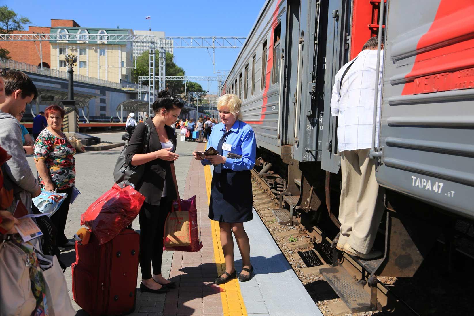 ウラジオストクで出会った人たち その1(働くおばさん・おじさん編)_b0235153_8351546.jpg