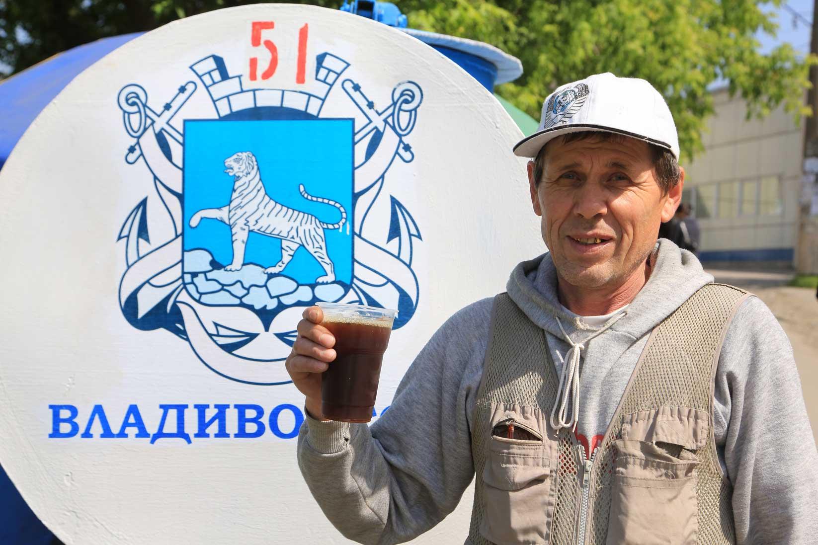 ウラジオストクで出会った人たち その1(働くおばさん・おじさん編)_b0235153_8415662.jpg